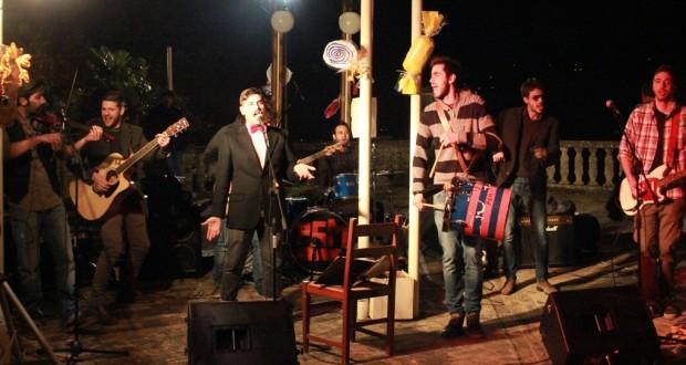 La band impegnata in una serata a Villa Collio