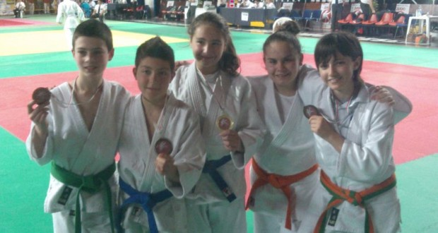 Judo, i giovani atleti settempedani