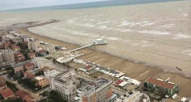 Un'immagine aerea di Senigallia