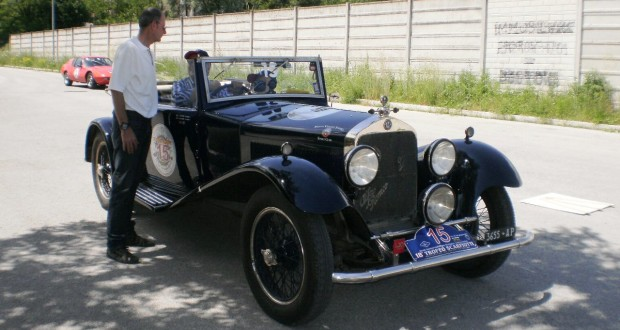 Un'Alfa Romeo 1750 dell'anno 1929