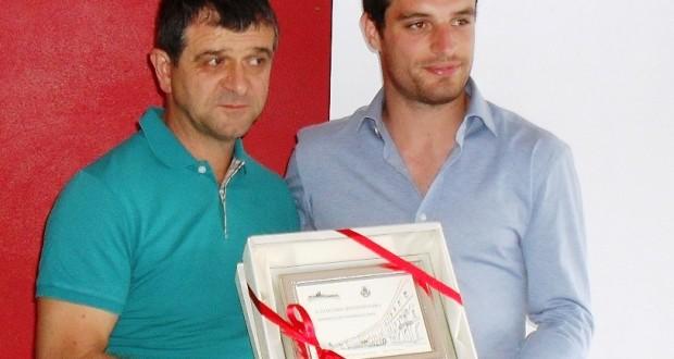 L'assessore Pelagalli premia Bonaventura