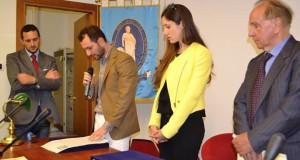 Al centro la dottoressa Arianna Della Mora