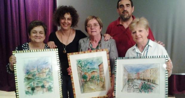 Da sinistra: Graziana, Maria e Rita assieme al preside Sandro Luciani e alla collega-artista Maria Ersilia Valentini