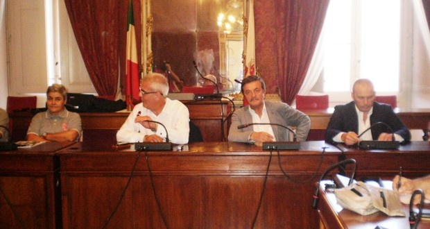 La conferenza stampa in Comune, a Macerata