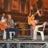 I ragazzi di Edulingua sul palco in piazza