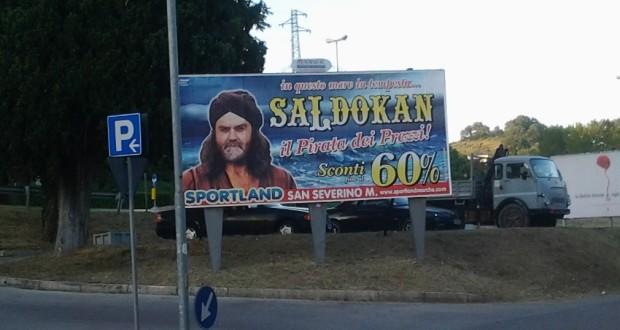 L'ultimo cartellone pubblicitario, in ordine di tempo, ideato da Sportland