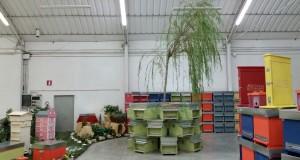 Lo stabilimento dell'Artistica Settempedana in cui si producono arnie per api