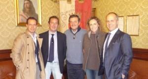 Alessandra Sensini con il sindaco Martini, i fratelli Carducci e il vice presidente della Fiv