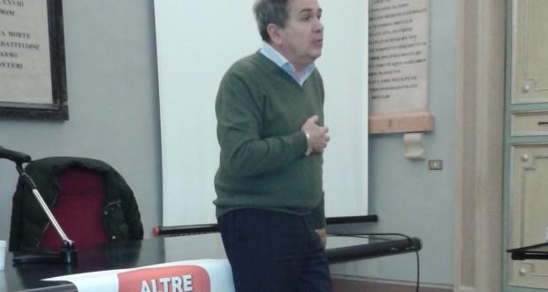 """Il professor Mancini presenta """"Altre Marche"""" in Sala Stemmi a San Severino"""
