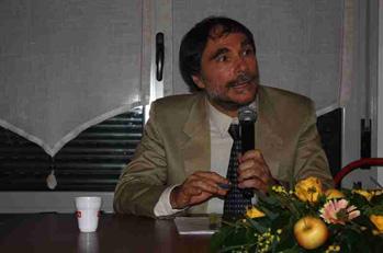 Mario Giostra