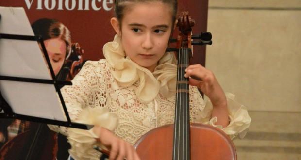 Lavinia, violoncellista prodigio