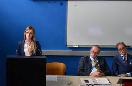 La dottoressa Mirella Mogiatti discute la sua tesi