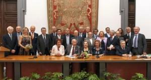 Foto di gruppo dei marchigiani premiati a Roma