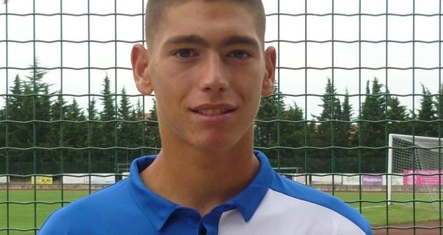Il portiere Saverio Giachetta con la maglia del Pescara