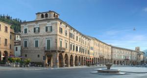 Piazza del Popolo (foto di Mirko Scoccia)