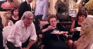 Vittorio Sgarbi assieme alla mamma