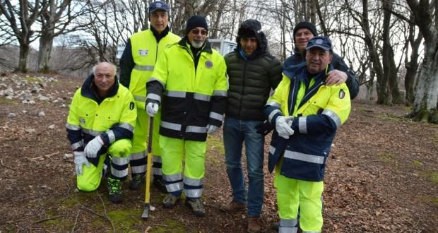 Giannini assieme ai volontari della Protezione civile