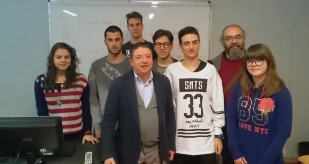"""L'Ufficio stampa del """"Divini"""" assieme al giornalista Luca Romagnoli"""