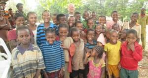 I bambini della scuola in Etiopia
