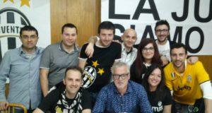 Stefano Tacconi con il direttivo dello Juve Club