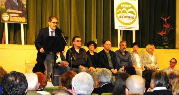 """Borioni in un incontro di presentazione della lista """"Il centrosinistra per San Severino"""" (foto d'archivio)"""