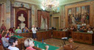 L'assessore Vanna Bianconi spiega il nuovo sistema (foto di Saverio Serini)