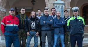 Il consigliere comunale Jacopo Orlandani assieme al comandante della Polizia municipale e ai responsabili deli gruppi che collaborano per la sicurezza