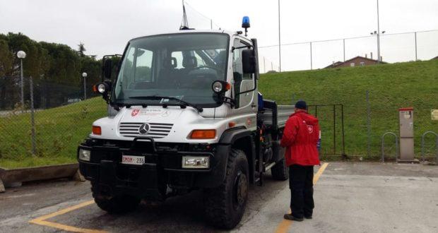 Uno dei mezzi dell'Ordine di Malta in servizio a San Severino