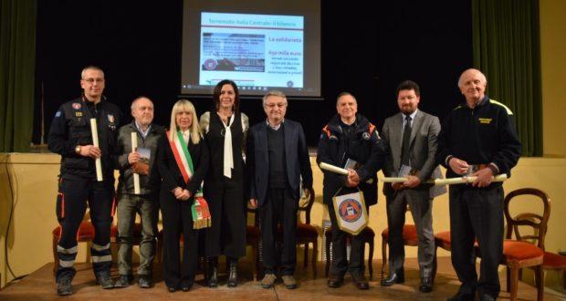 Cerimonia di saluto al cinema Italia