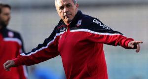 Fabrizio Castori saluta il Carpi