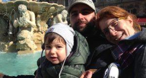 Celeste e Claudio con il loro piccolo Elio
