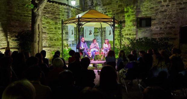 La serata nel suggestivo cortile di Palazzo Gentili (foto StudioStyle)