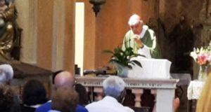Il cardinal Menichelli dice messa a San Rocco