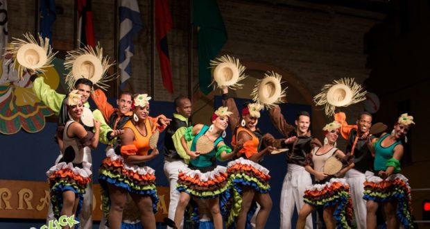 Il gruppo di Cuba presente nella passata edizione