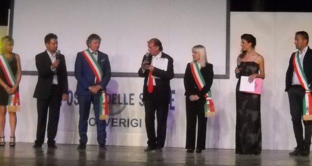 Rosa Piermattei e altri sindaci sul palco per l'Oscar delle stelle 2017