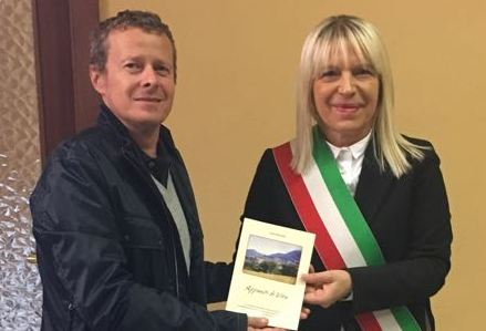 Cesare Mosciatti con il sindaco Rosa Piermattei