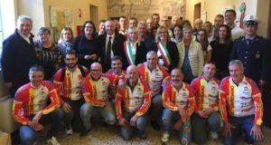 Foto di gruppo nel Municipio di Correggio