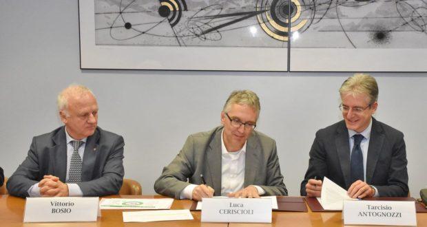 La firma del protocollo ad Ancona