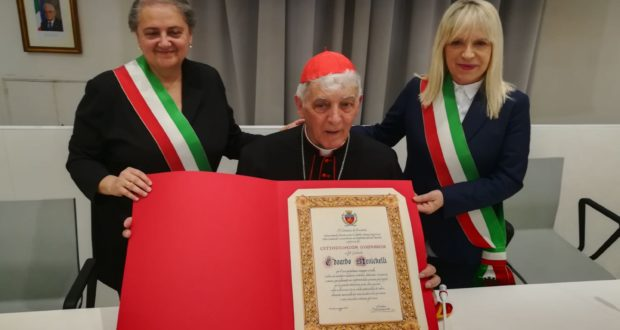 Il cardinal Menichelli con i due sindaci