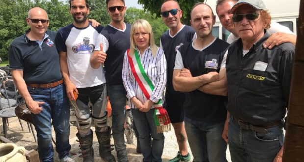 Protagonisti dell'iniziativa assieme al sindaco Piermattei e al consigliere comunale Fattobene