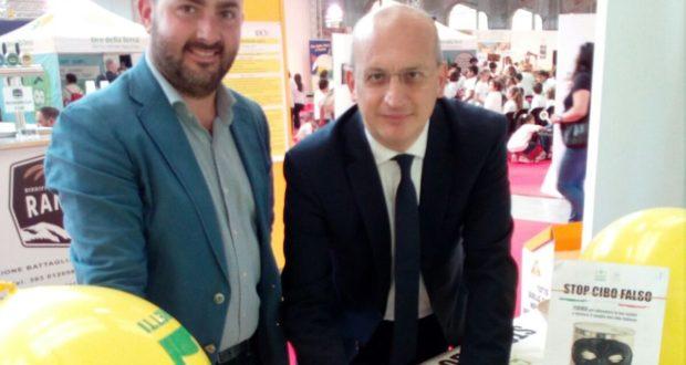 Il presidente provinciale di Coldiretti, Francesco Fucili, assieme all'on. Tullio Patassini