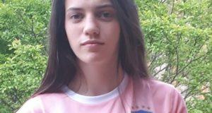 Serena Ventura con la maglietta della rappresentativa