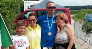 Alberto Cambio (con la famiglia) premiato in Austria