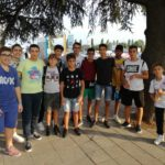 Il gruppetto di ragazzi che hanno seguito la Nazionale a Bologna