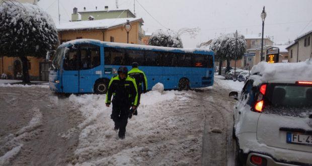 Disagi in centro per la neve