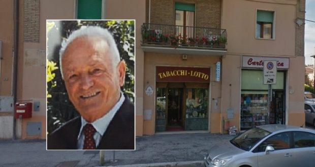 Sandro Petinari e la sua tabaccheria