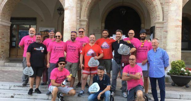 Il gruppo di organizzatori e vincitori assieme all'assessore Paoloni