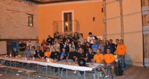 La cena nella piazzetta del Castello di Serralta
