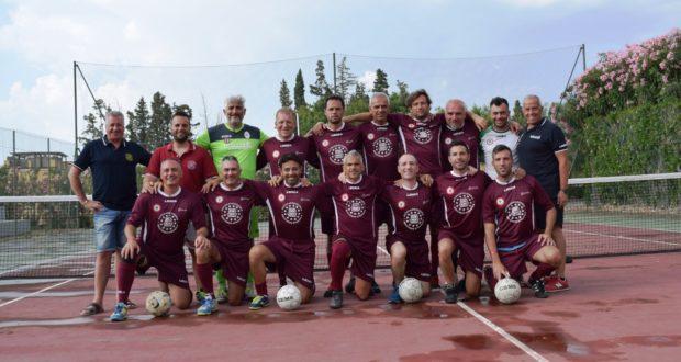 La formazione G.S. Pesaro con gli agenti settempedani
