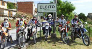 """Un gruppo di partecipanti alla """"motocavalcata"""""""